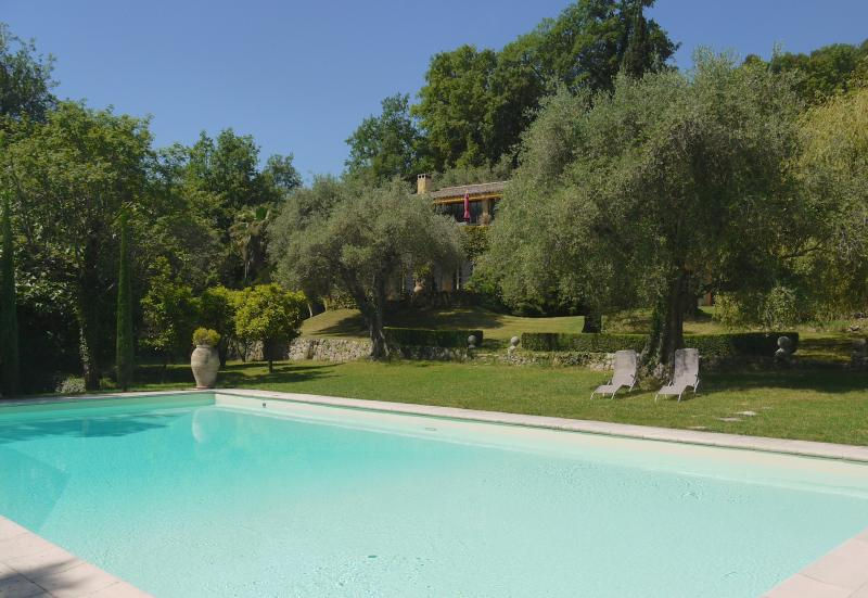 house swimming pool - Gorgeous 5 Bedroom Villa - Interior Designer's Property-30 mins from Cannes - Le Bar-sur-Loup - rentals