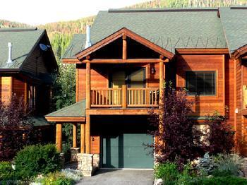 Slopeside 200 - Summertime - Slopeside 200: 3-bedroom base area ski condo - Winter Park - rentals