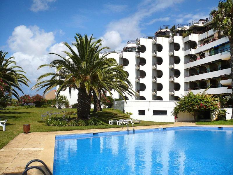 Apartment at Estoril coast - Image 1 - Estoril - rentals