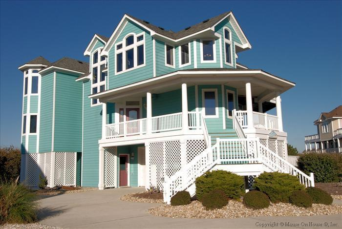 Large Upscale Oceanside house in gated community. - Image 1 - Corolla - rentals