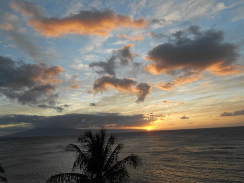 Spectacular Sunset from Lanai - Royal Kahana Resort, 10th Floor Oceanfront! - Lahaina - rentals