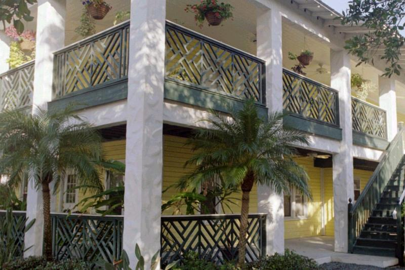 """Pineapple Manor Vacation Apartment """"B"""" - Image 1 - Melbourne Beach - rentals"""