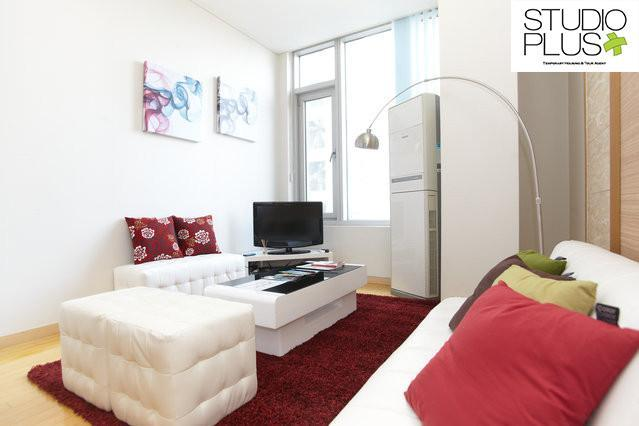 Living room - Central Location Gangnam 2bed+1loft 3BED APT - Seoul - rentals