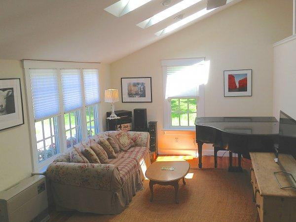 Sunny Interior - Sunny Contemporary Cottage - Walk to town! - Edgartown - rentals