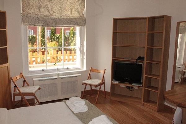 Large London Studio Apartment - Image 1 - London - rentals