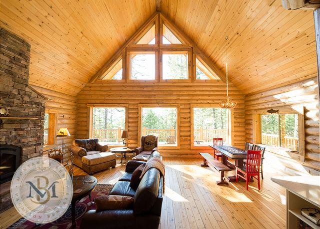 Beautiful, log cabin on Blacktail Mountain! - Image 1 - Lakeside - rentals
