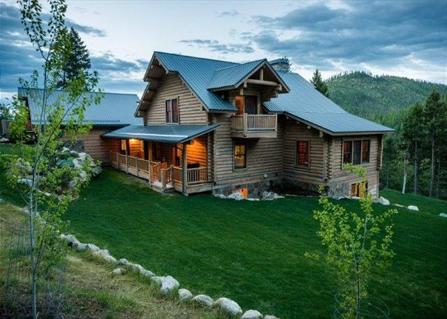 Eagles Landing Lodge - Call in deal only Rent 5 nights get 2 free on this Luxurious Mountain Lodge! - Lakeside - rentals