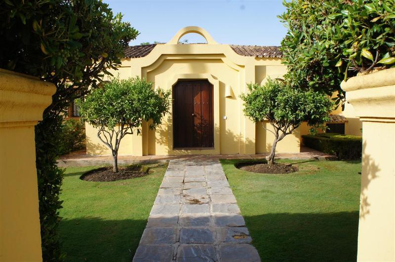 Sotogrande, Spain: Elegant Villa with Pool on Chic Costa del Sol, sleeps 11 - Image 1 - Sotogrande - rentals