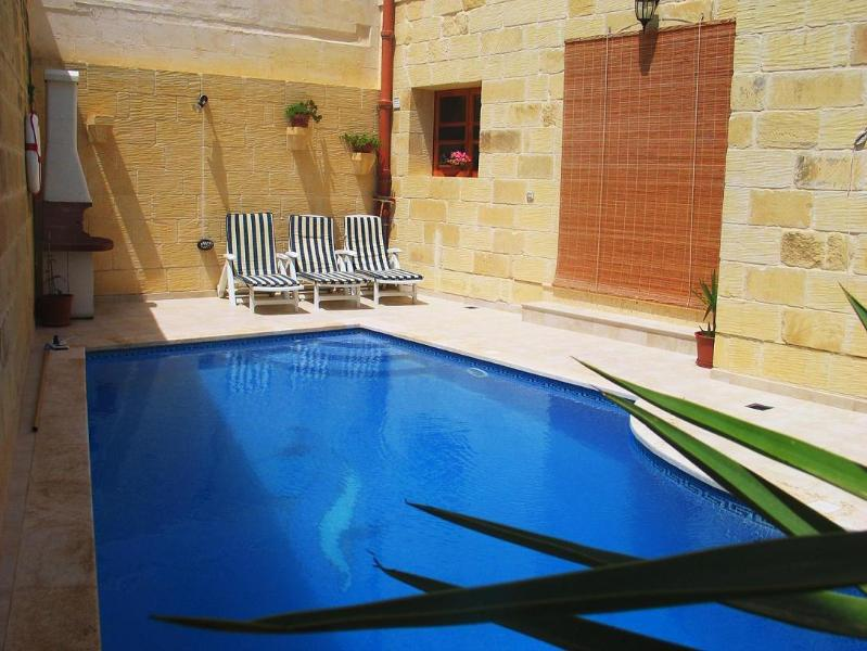 Prtvate Pool - Berta Villa - Sanat - rentals