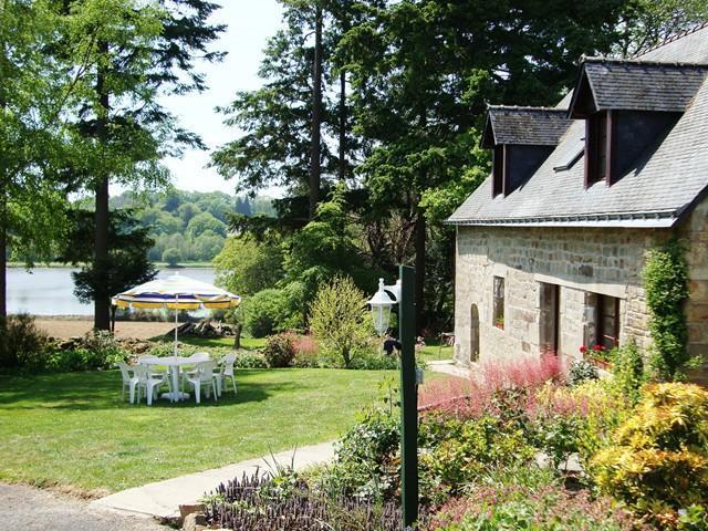 Farm house with lake veiw - Farmhouse overlooking fishing lake and heated pool - Langoëlan - rentals