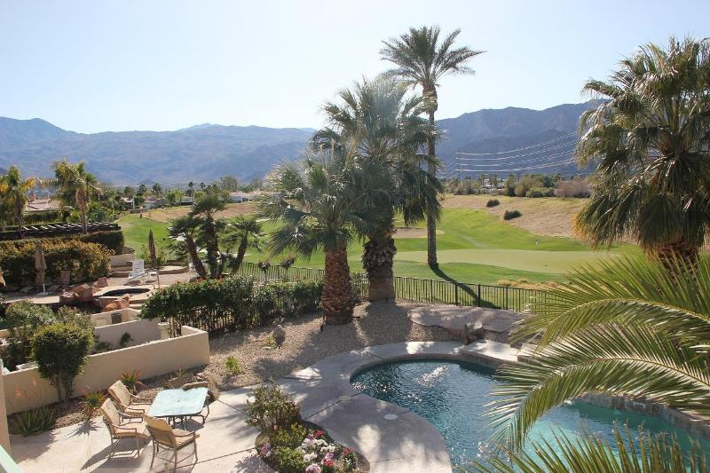 view to the west overlooking the Dunes golfcourse - Golf course villa with private pool and spa - La Quinta - rentals