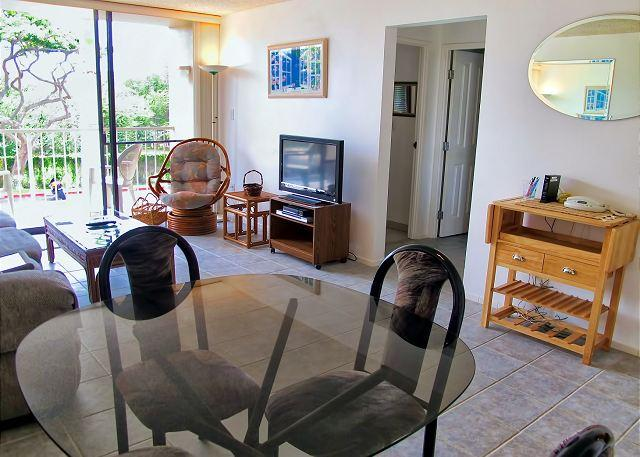 Budget-Friendly 2-Bedroom Condo across from Kamaole Beach 1 - Image 1 - Kihei - rentals