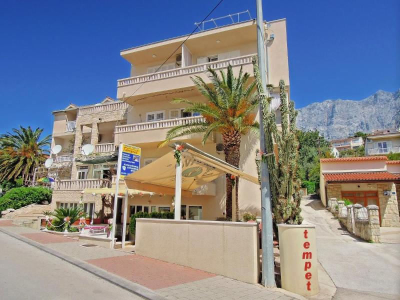 Hous Premeru - Apartments Premeru Makarska - Makarska - rentals