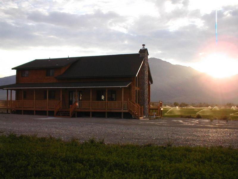 Front of House - King Mountain Bed and Breakfast -Price is per room - Moore - rentals