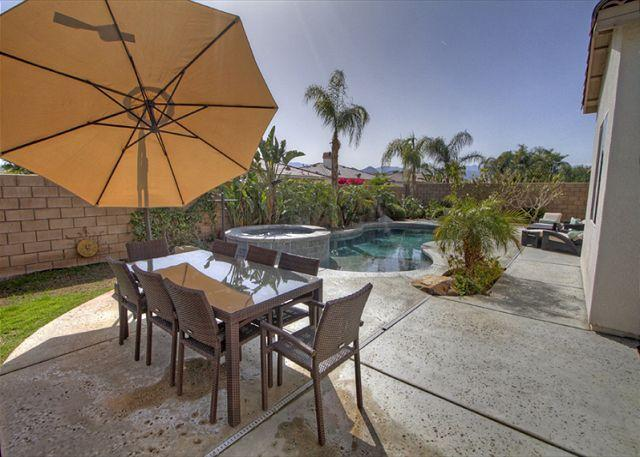 Yard View - 4 Bedroom home with lots of extra amenities for the entire family - La Quinta - rentals
