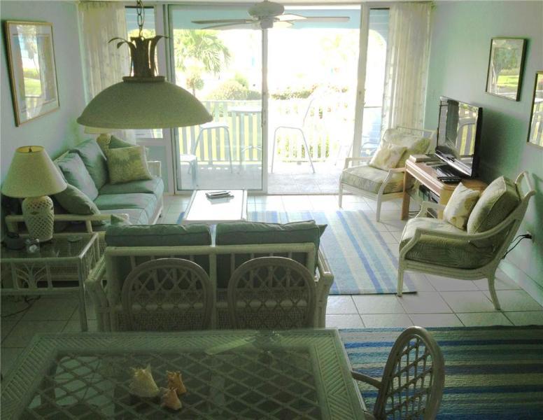 SILVER SANDS CONDOS-UNIT #8 - Image 1 - Seven Mile Beach - rentals