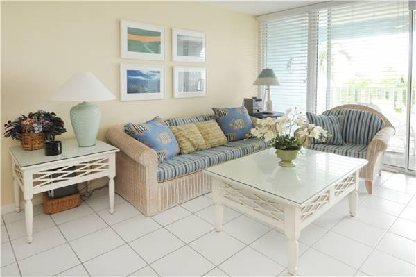 SILVER SANDS CONDOS-UNIT#32 - Image 1 - Seven Mile Beach - rentals