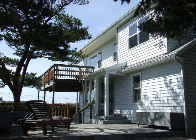 HALLIE HOUSE in Manzanita OR - Image 1 - Manzanita - rentals