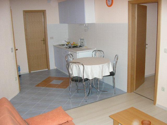 A3 Yellow Apartment - Image 1 - Makarska - rentals