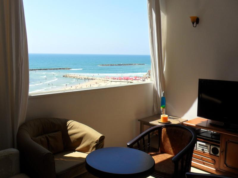 Studio Apt w/Beautiful Ocean View @Bugrashov beach - Image 1 - Tel Aviv - rentals