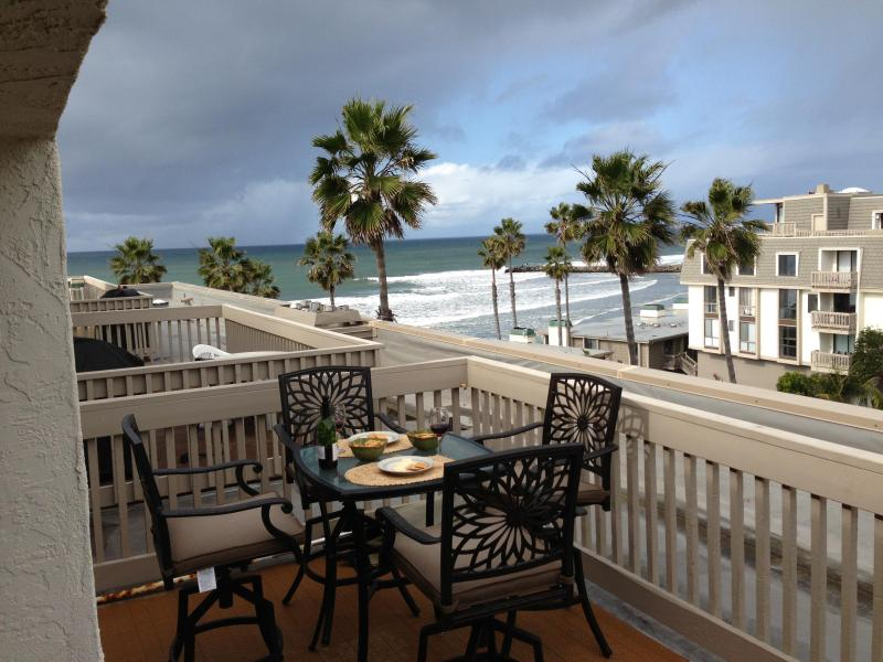 View Upper Balcony - Whitewater view penthouse - Oceanside - rentals