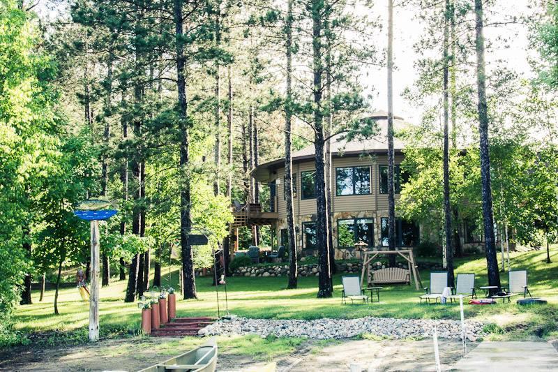Lake Iodge Rental - WATERS EDGE LAKE RENTAL GROUPS 6-12 - Squaw Lake - rentals