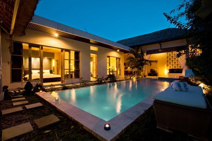 Luxury 2 BR Surfer Villa, Canggu, Close To Beach - Image 1 - Canggu - rentals