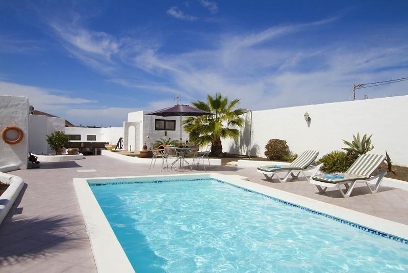 Pool and Terrace - Villa Uga Serena - Uga - rentals