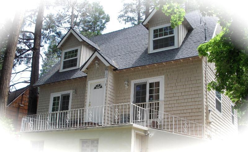 Dream home - Lake Side Home - Fresh Air & Relaxation! - Lake Arrowhead - rentals