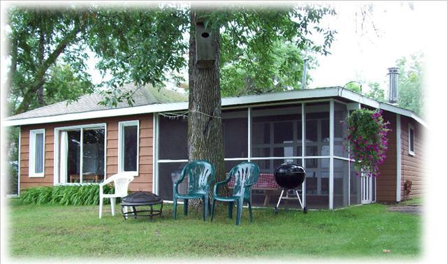 Outside Lakefront - Cabin 2 Lake front, 3 Bedroom, Screened in patio - Blackduck - rentals