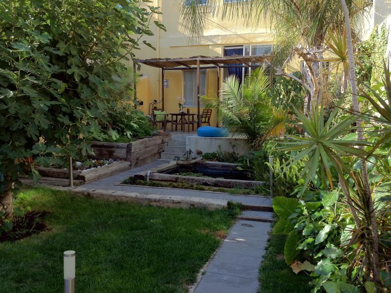 Sunny Garden - Spacious, Comfy Home + Garden - Lisbon - rentals
