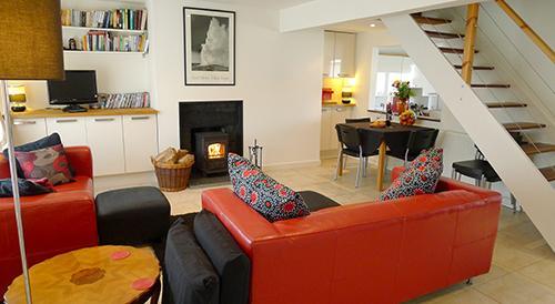 Pet Friendly Holiday Cottage - Cariad y Mor, Broad Haven - Image 1 - Broad Haven - rentals