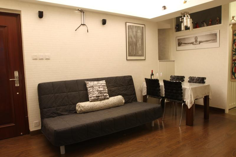 Country-Style Apartment Near Times Sq. in Wan Chai, Hong Kong - Image 1 - Hong Kong - rentals