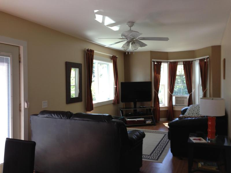 Lounge Area - Cottage/condo nr Acadia National Park & Bar Harbor - Southwest Harbor - rentals