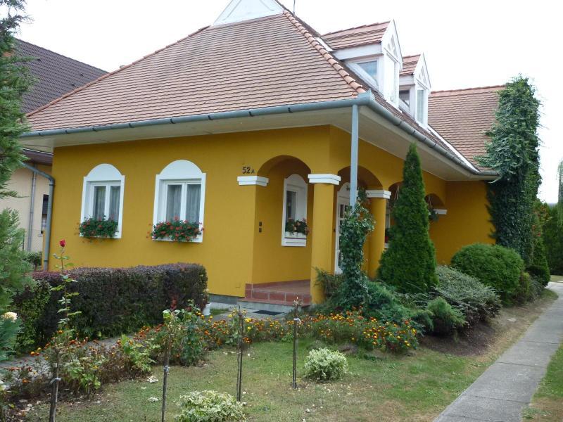 The house - Catamaran Wellness Apartmanhouse Ap. No.2 - Siofok - rentals