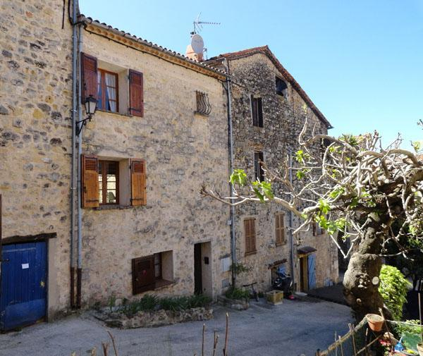 The house - Cozy House with a Terrace and Fireplace, in Fayence, Provence - Fayence - rentals