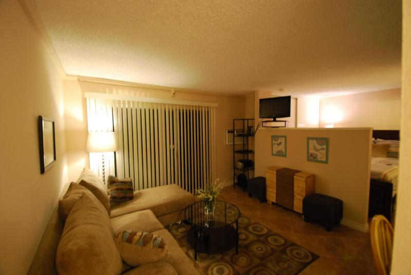 Excellent Condo Retreat In The Heart Of San Diego - Image 1 - Pacific Beach - rentals