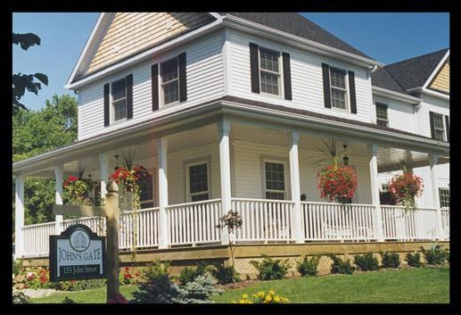 John's |Gate Gourmet Bed and Breakfast Guest House - Comfortable  B&B accommodations - gourmet breakfas - Niagara-on-the-Lake - rentals
