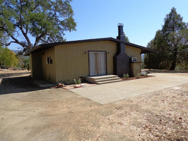 Oakhurst View - Image 1 - Oakhurst - rentals