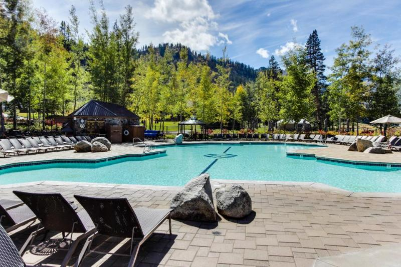 Resort at Squaw Creek 555 Fireplace Suite - Image 1 - Olympic Valley - rentals