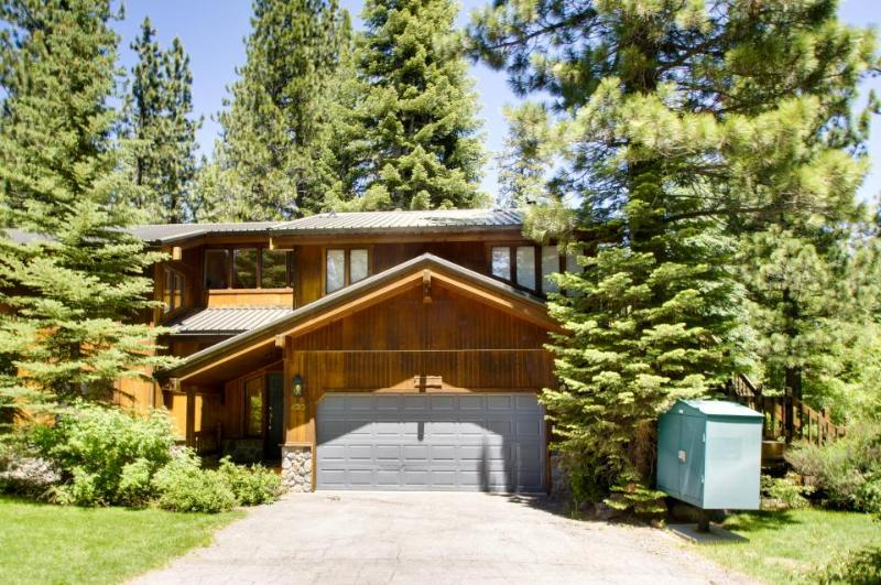 Park Avenue Tahoe Lodge - Image 1 - Homewood - rentals
