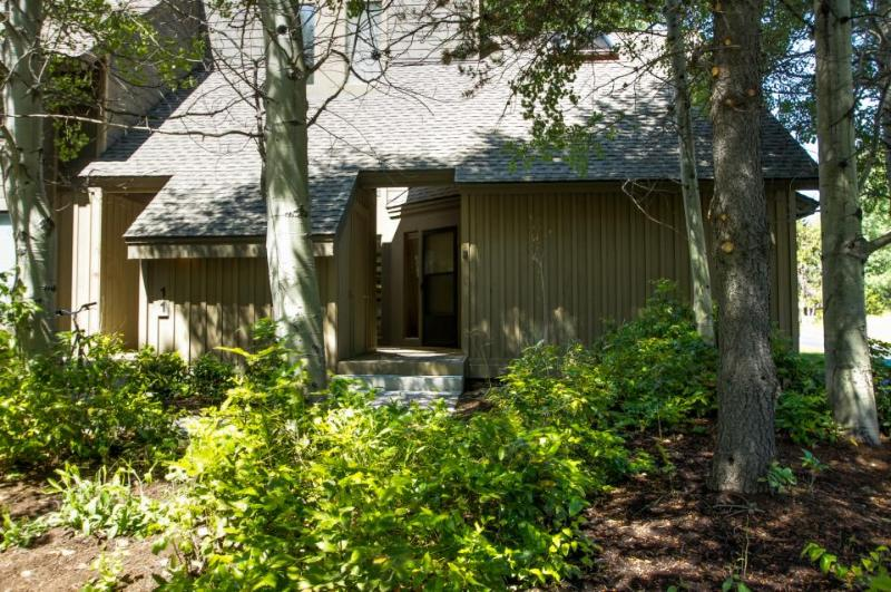 Mountain lodge with all the comforts of home - Image 1 - Sunriver - rentals