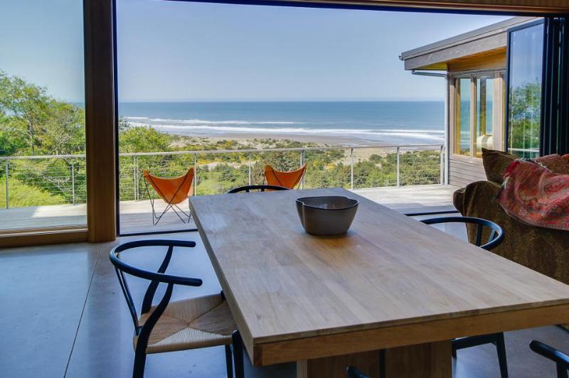Unique oceanview home with huge deck, amazing views - Image 1 - Neskowin - rentals