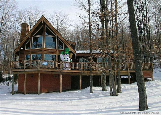 Beautiful contemporary slope side home offers it all in EVERY season. - Image 1 - Davis - rentals