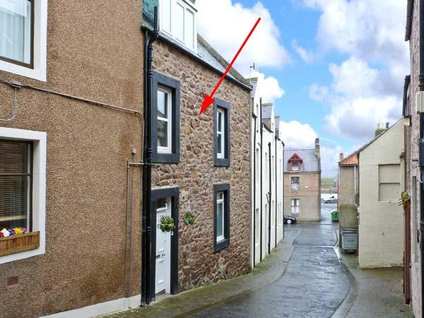 DRIFTWOOD, coastal, terrace property, family-friendly, in Eyemouth, Ref 20829 - Image 1 - Eyemouth - rentals