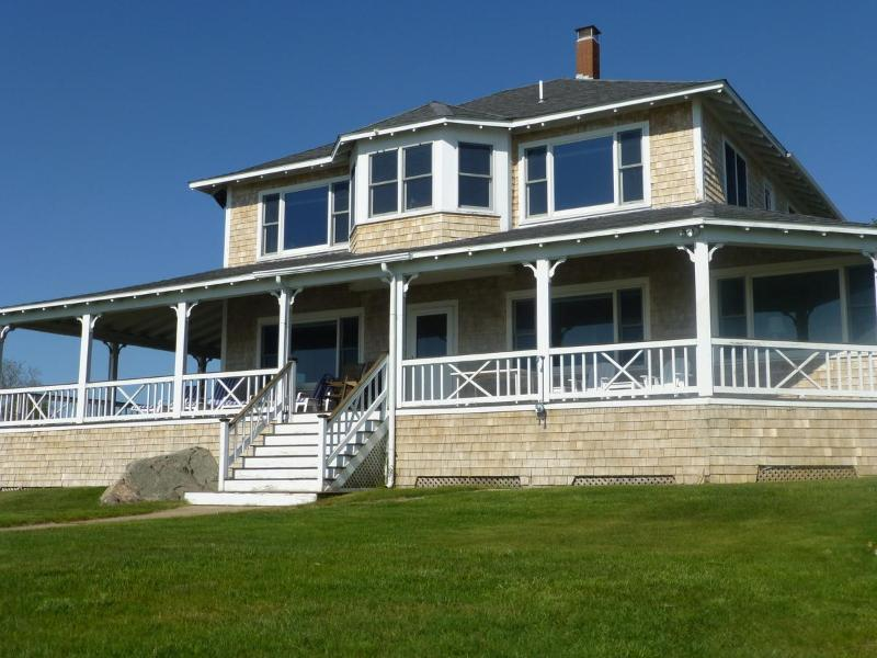 Front of house - Waterfront home - Spectacular Sunsets - Bourne - rentals