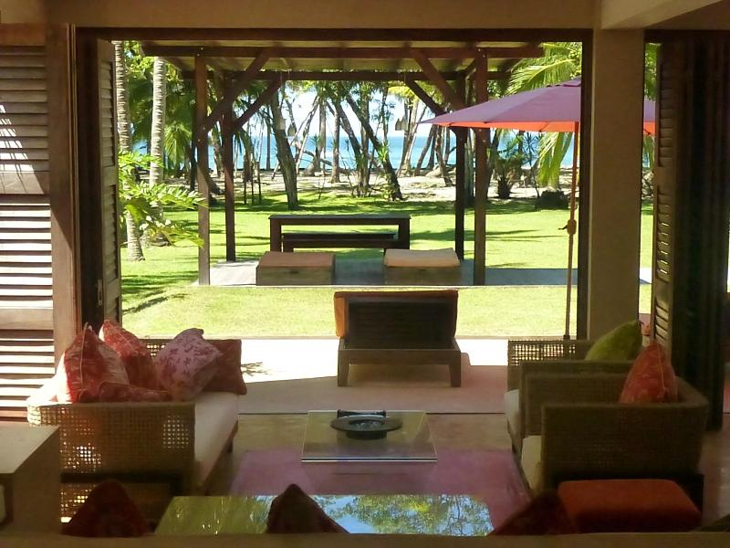 Your view to the beach - The March House - Beachfront luxury, Mal Pais, CR - Mal Pais - rentals