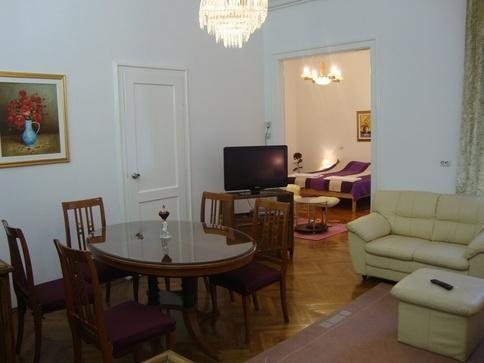 5 Mins Walking From Everything! - Image 1 - Zagreb - rentals