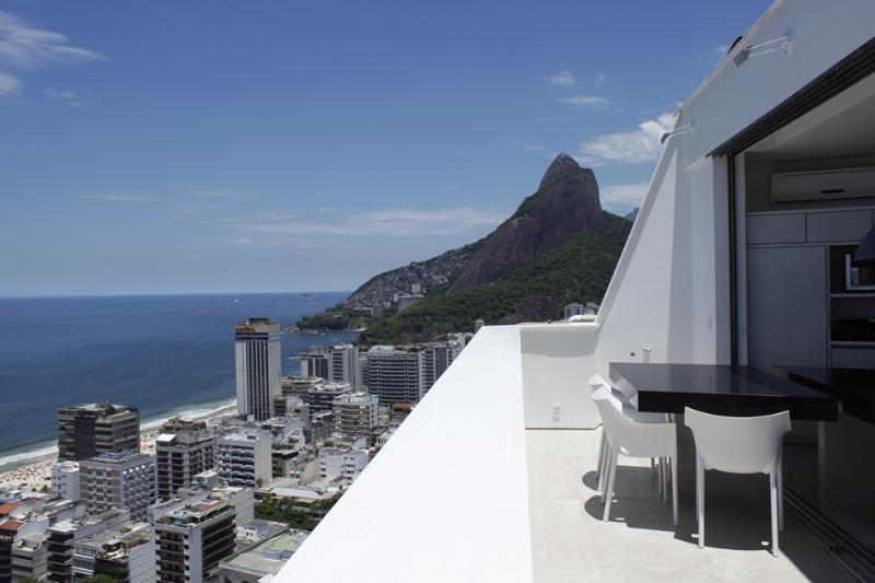 Rio004 - Penthouse in Leblon - Image 1 - Ipanema - rentals