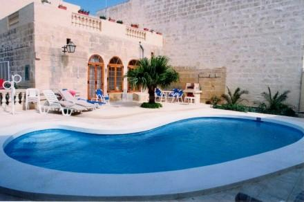 Pool & BBQ Area - Dar ta' Tumas - Gharb - rentals